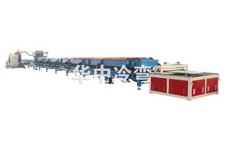 840屋顶瓦PU夹芯板生产线